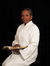 Photo of Rev. Rhonda L. Alderman